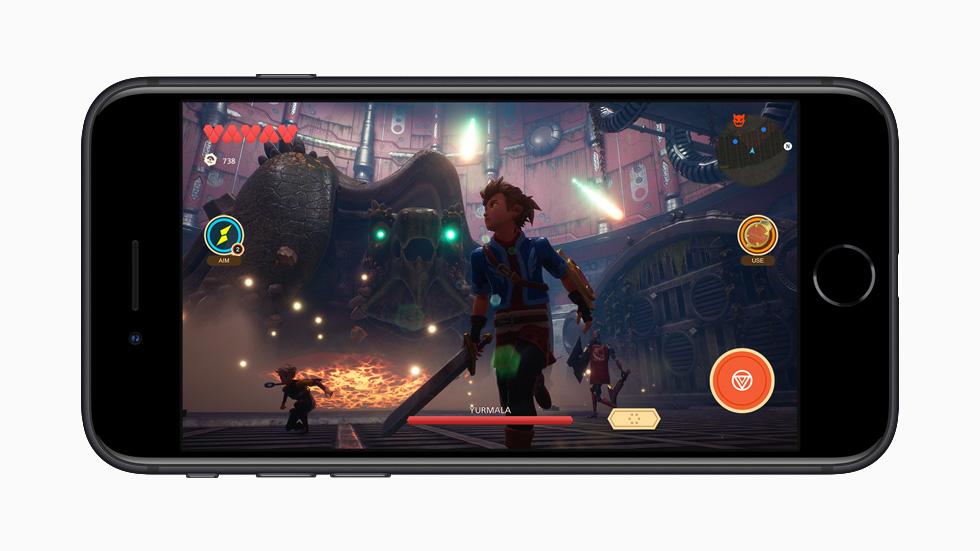 Apple_new-iphone-se-apple-arcade-screen_04152020_big.jpg.large